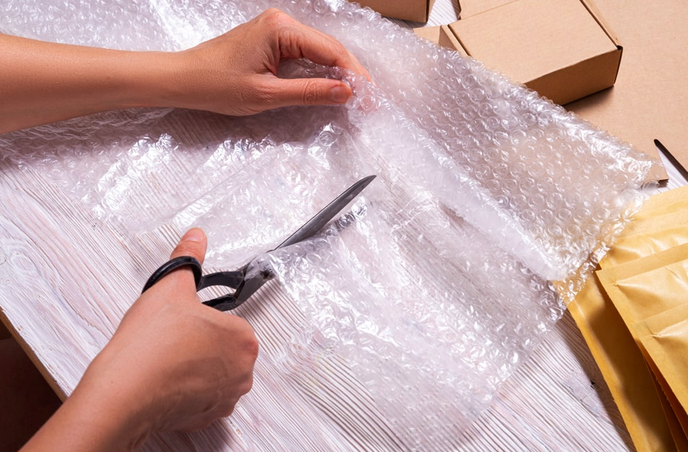 Move Your Furniture With Care and Discover How to Protect Your Furniture When Moving
